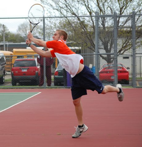 Tennis teams search for win in HAAC
