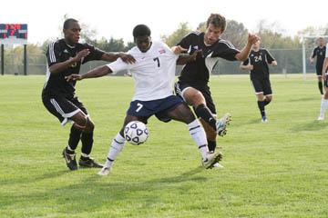 Men's soccer team loses to Benedictine