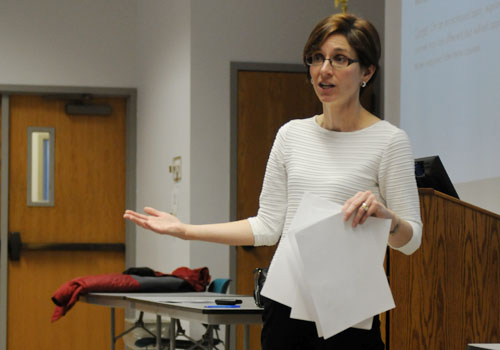 Faculty Senate talks interterm, creation of honor code