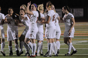 Women's soccer team advances to NAIA semifinals