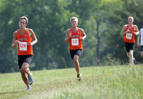 Cross country teams win Maple Leaf Invitational