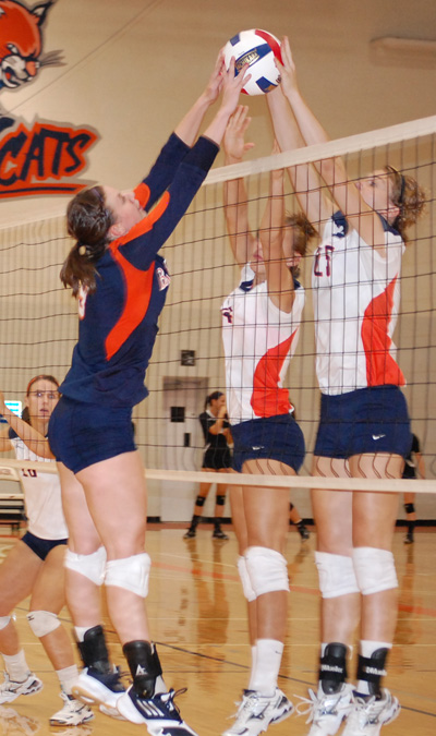 Volleyball+team+ranked+30th+in+preseason+poll