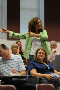 Faculty senate elects new chair