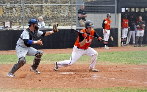 Baseball team wins seventh straight