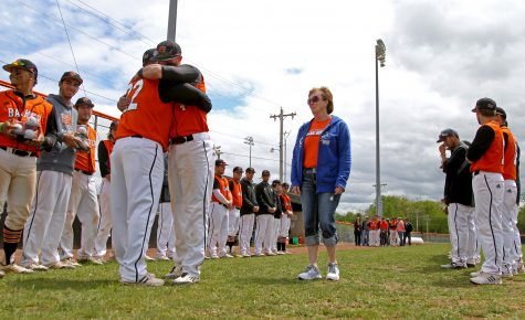 Baseball team prepares for Heart tournament