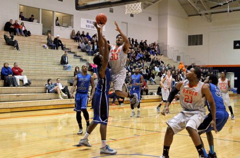 Men's basketball loses seventh straight