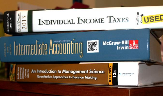 Students avoid buying textbooks