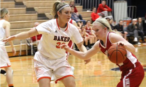 Women win 20th game for fourth straight season