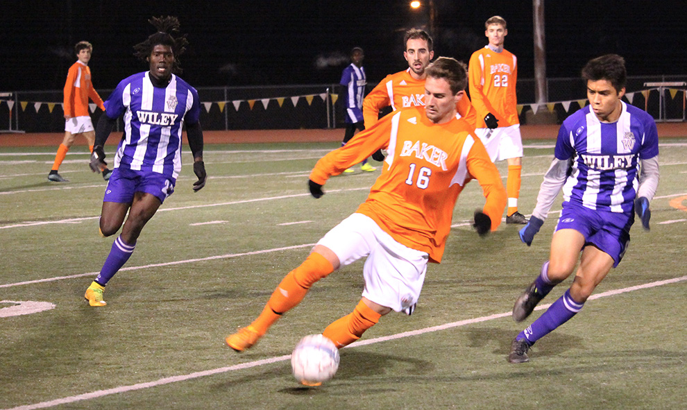 Mens soccer advances to second round