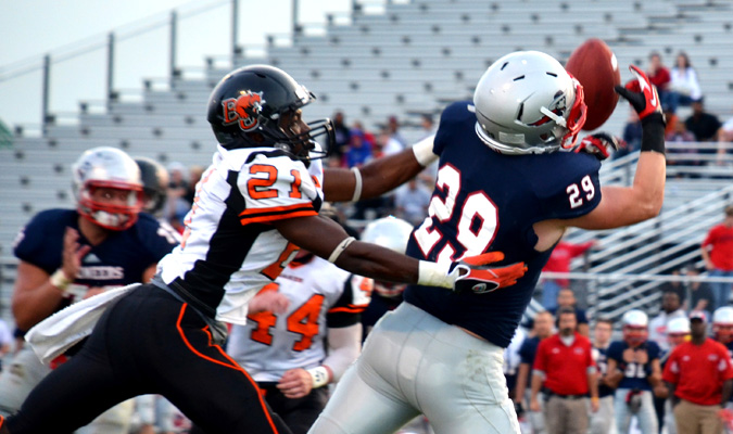 Wildcats fall to Pioneers 49-20