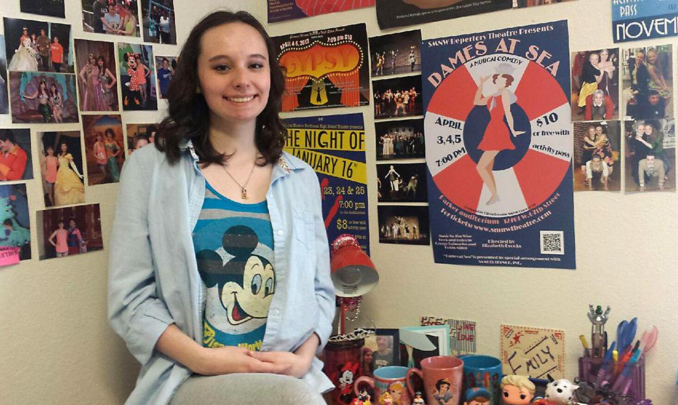 Freshman prepares for internship with Disney