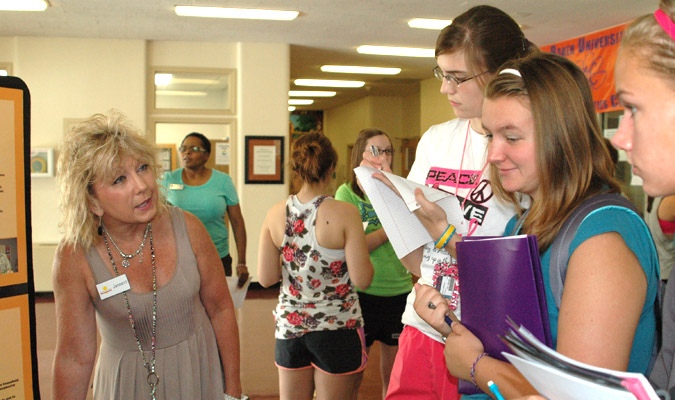 Student service encouraged in community