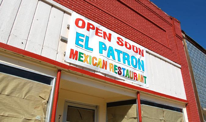 Two restaurants to open in Baldwin City