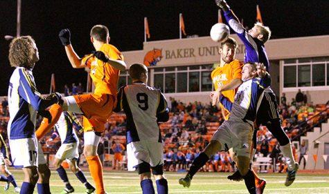 Men's soccer keeps win streak alive