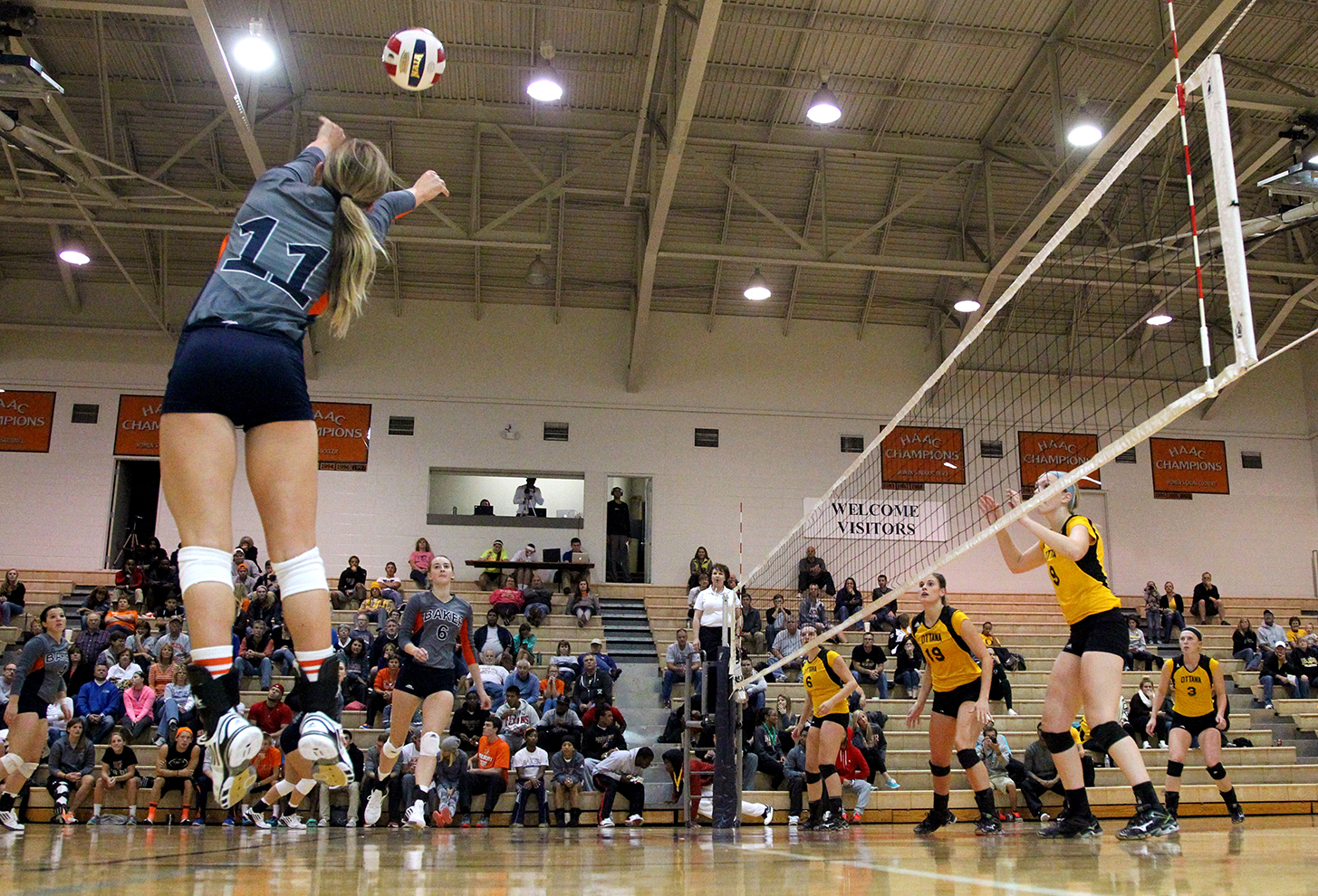volleyball_912_cwp_05