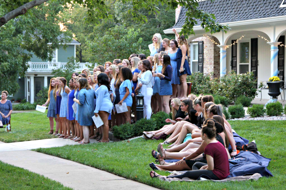 The women of Delta Delta Delta started off the evening with the men of Sigma Phi Epsilon serenading them.