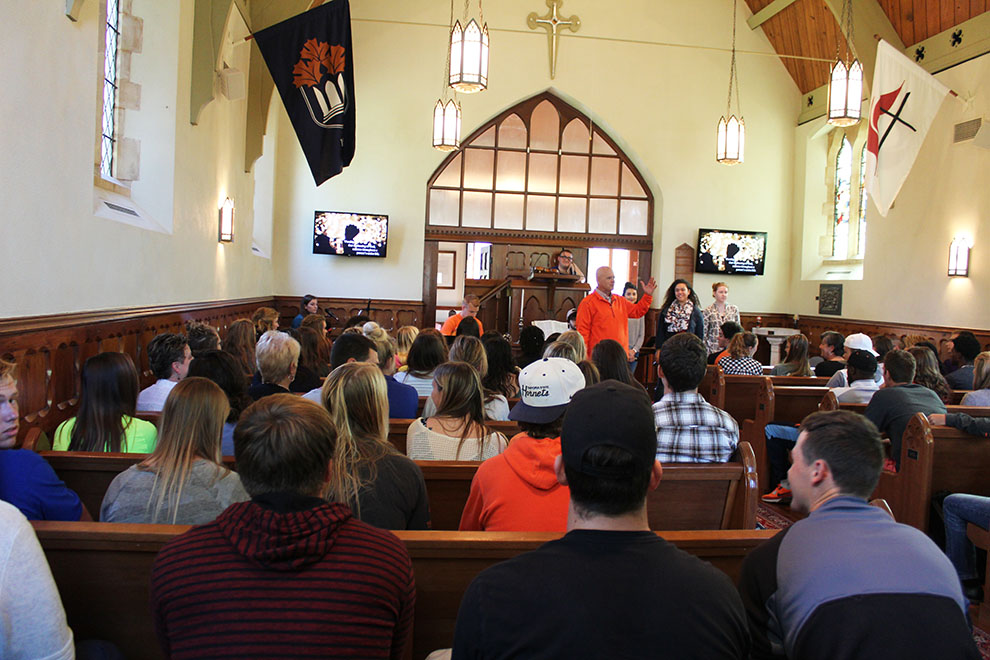 Students+gather+inside+the+Osborn+Chapel+on+Sept.+28.+There+are+no+classes+scheduled+during+chapel%27s+weekly+time+on+Thursdays+which+guarantees+that+students+have+the+opportunity+to+attend.+