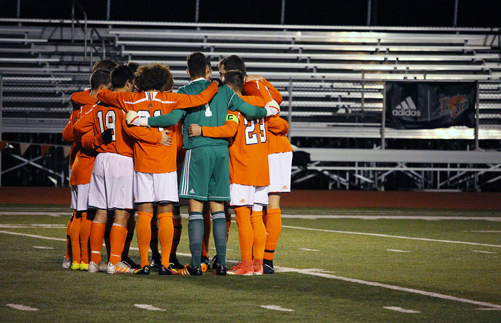 The+men%27s+soccer+team+advanced+to+the+championship+match+of+the+Heart+of+America+Athletic+Conference+Tournament+after+a+1-0+win+against+Central+Methodist+University+on+Nov.+7+at+Liston+Stadium.+This+is+the+fourth+time+in+the+past+five+seasons+that+the+%27Cats+have+made+it+to+the+championship+match.