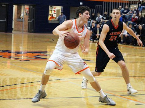 Men snap five-game losing streak to Benedictine