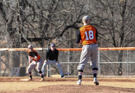 Baseball begins HAAC play with six-game win streak