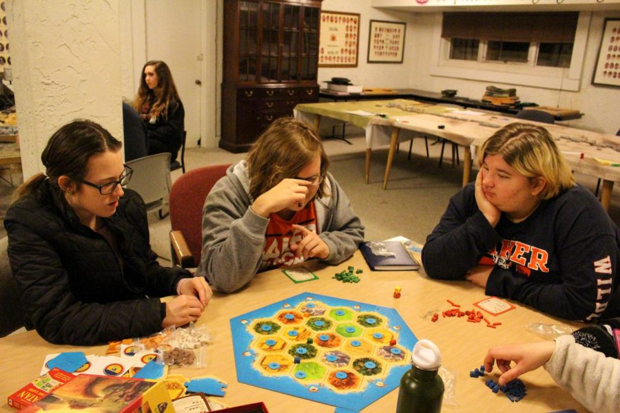 Sophomore+Carly+Hassenstab%2C+Freshman+Chance+Prosser+and+Sophomore+Kaycee+Bauer%2C+play+Settlers+of+Catan%2C+one+of+the+many+games+offered+at+BUGS.+Catan+is+an+analytical+game+that+challenges+players+to+settle+different+lands+and+produce+civilizations.