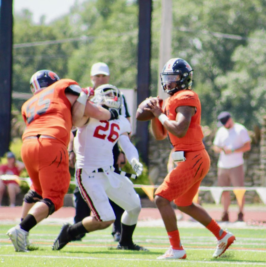 Sophomore Hunter Engelbrecht protecting his quarterback at the game held at Liston stadium this last Saturday. The cats fell short to No. 13 Grandview 20-3.