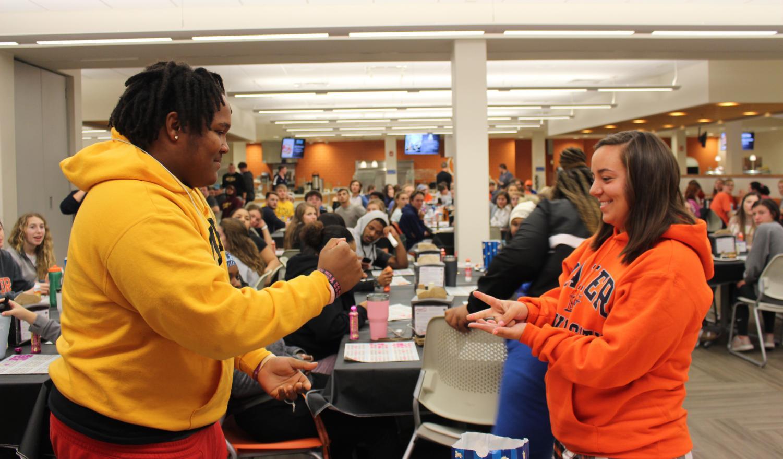 Student Activities Council hosts grocery bingo
