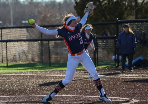 Softball begins season with perfect 8-0 record