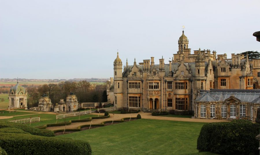 Harlaxton+College+is+located+outside+of+Grantham%2C+England.+On+March+11%2C+the+school+held+a+forum+where+they+announced+that+students+must+vacate+the+manor+by+March+18.