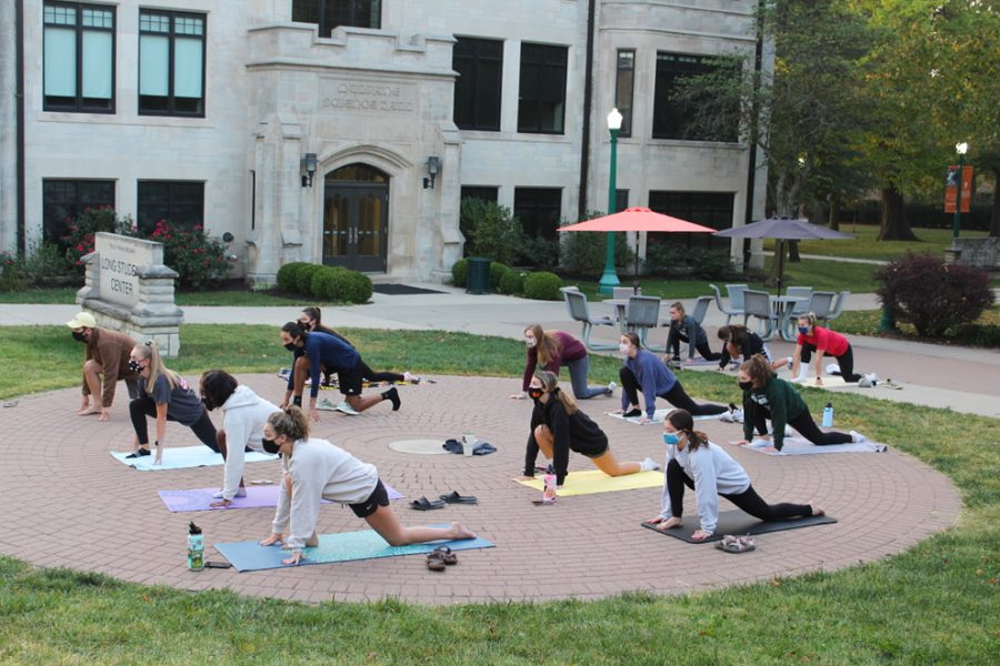 The+Homecoming+Week+event+allowed+for+students+to+start+their+day+with+a+healthy+workout+at+Hartley+Plaza+before+classes.